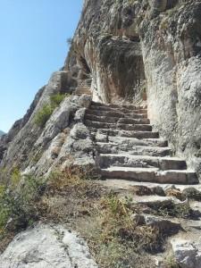 Kral-Kaya-Mezarlari-Amasya-03