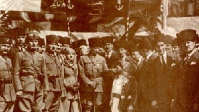 17 Mart Tarihte bugün Atatürk