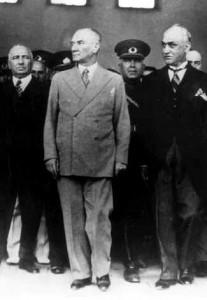 Atatürk Adana`ya son gelisinde 24 Mayis 1938