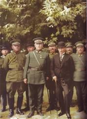 23 Mayıs 1926  Bursa'da 11. Tümen Karargahını ziyaret ederken