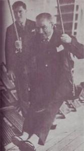 27 Kasım 1930  Ege Vapurunda salıncakta
